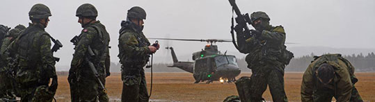 Members of the 5th, 34th, and 35th Combat Engineer Regiment, as well as the Voltigeurs de Québec, participate in rappelling training from a CH-146 Griffon helicopter during Exercise Sapeur Invincible in the training areas of CFB Valcartier in Courcelette, Quebec, November 16, 2016. Photo: Sgt Marc-André Gaudreault, Valcartier Imaging Section